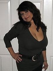 plan cul mature gros seins